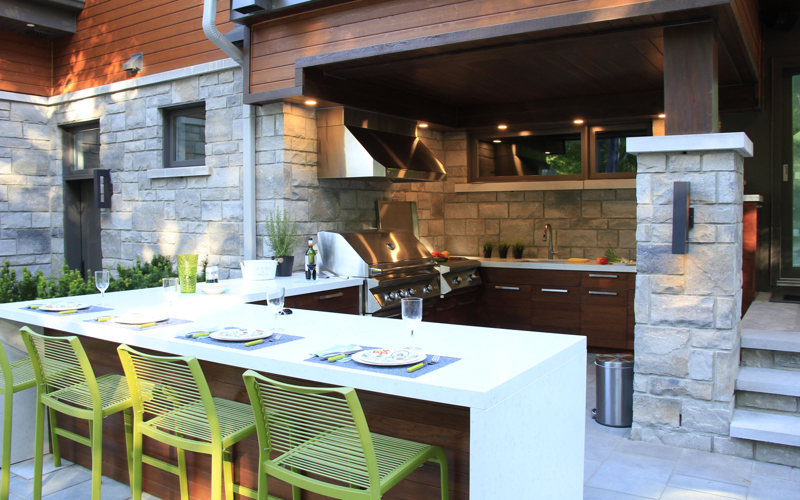 Custom-made outdoor kitchen for a real backyard retreat